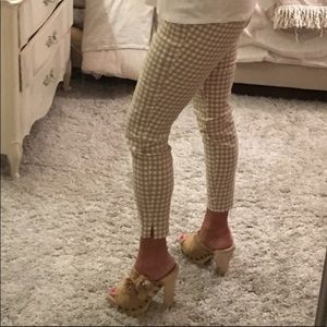 New York and Company cropped white and tan gingham